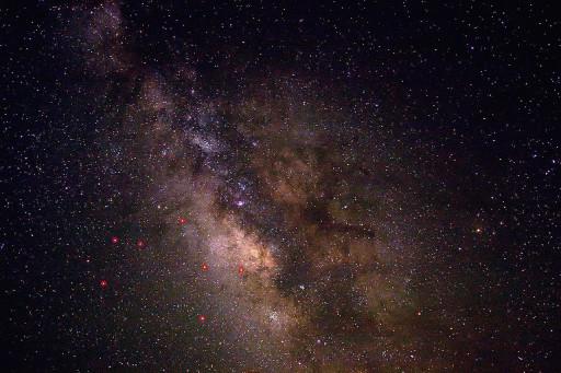 1280px-Milky_way_2_md
