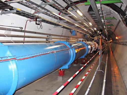 """""""CERN LHC Tunnel1"""" by Julian Herzog (Website) - Own work. Licensed under CC BY-SA 3.0"""