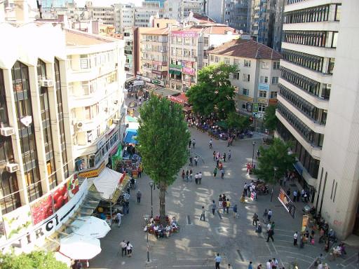 Selanik_Street_from_above