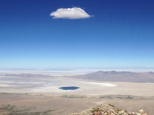 a_single_cloud